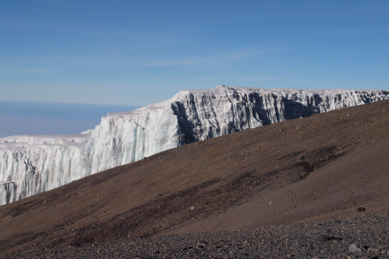 2011jul30_top_of_kilimanjero121